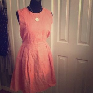 Gap linen dress with pockets!!!